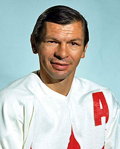 Hall of Famer STAN MIKITA
